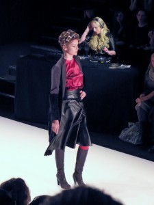 Model bei Stephan Pelger Show auf der Fashion Week in Berlin - Januar 2012