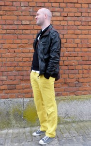 olschi in Gelb