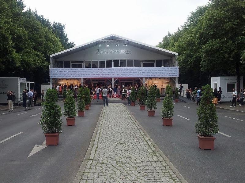 Mercedez Benz Fashion Week - Eingang