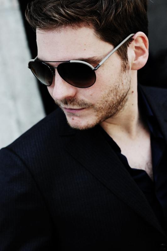 Daniel Bruhl in Ermenegildo Zegna sunglasses