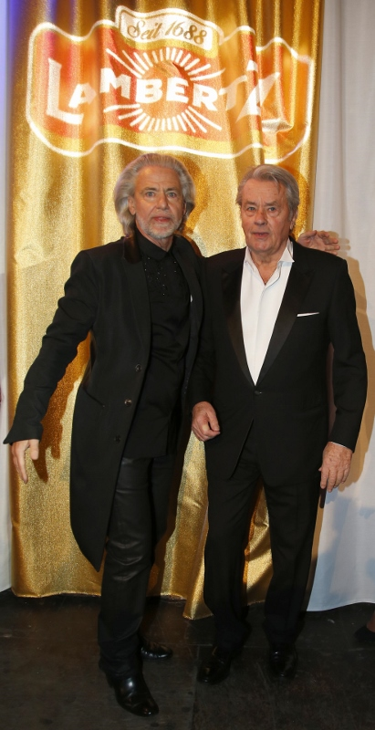 Lambertz Monday Night 'Goddesses & Divas' 2014 - Alain Delon and Dr. Hermann Bühlbecker - Copyright Agenur Baganz