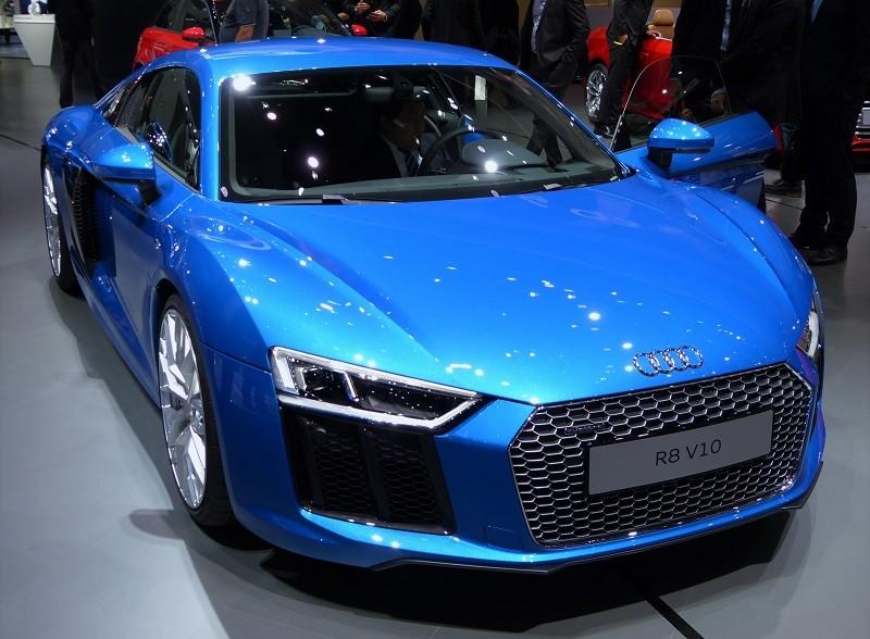 Audi R8 V10 - front - IAA2015