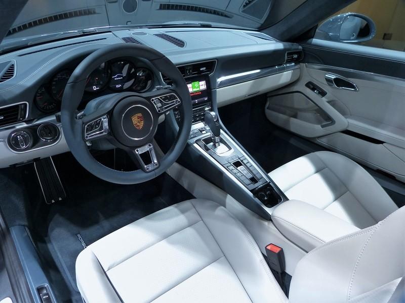 Porsche 911 Carrera - IAA2015