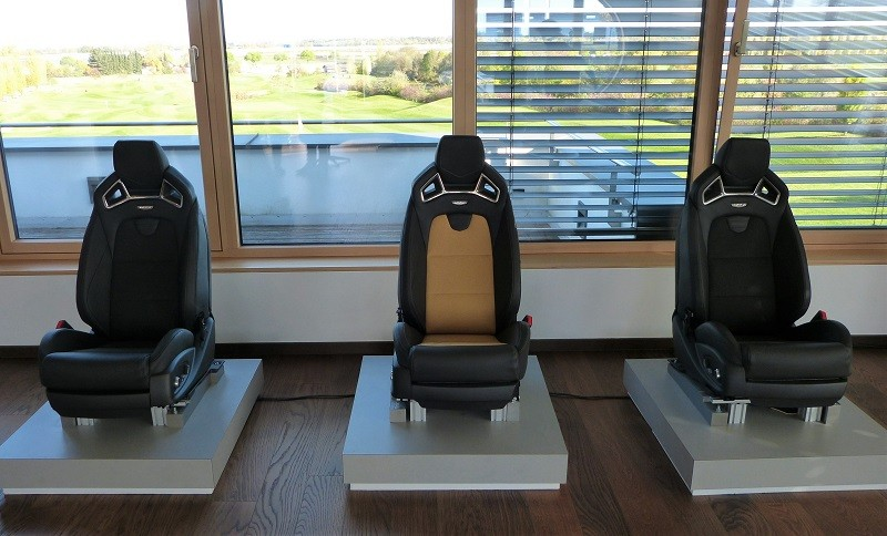 Recaro high-performance seats - V-Series