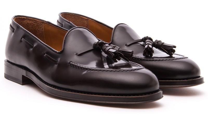 Velasca Tassel Loafers -Ost