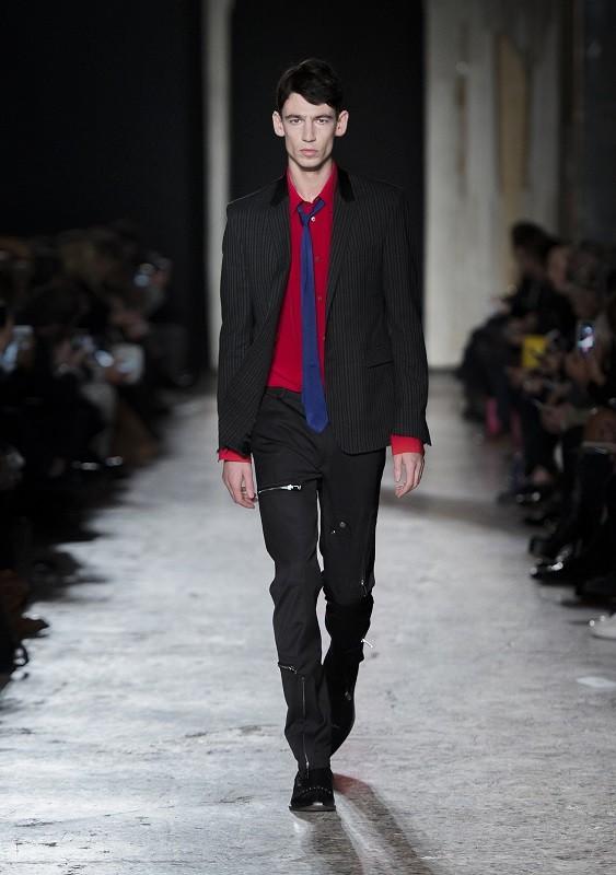 CoSTUME NATIONAL Homme Fall/Winter 2016/17 – Milano Moda Uomo