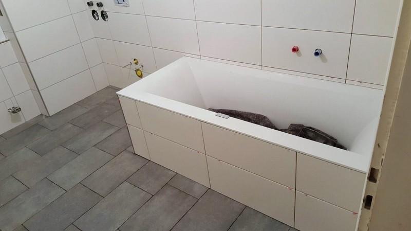Unverfugte Badewanne - Renovierung
