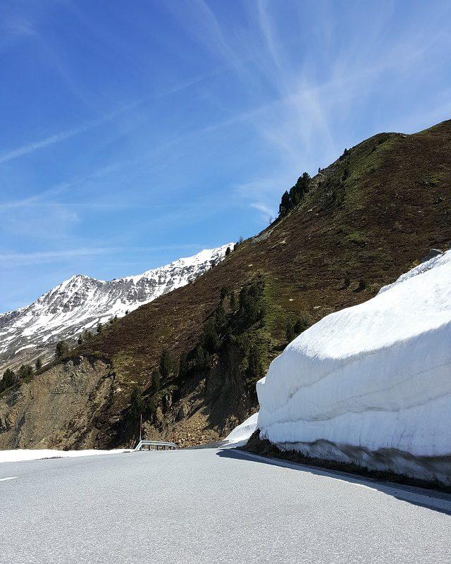 Schnee Mitte Mai am Timmelsjoch