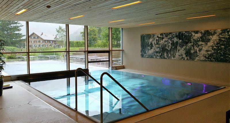 Pool im Hotel Sonne in Mellau