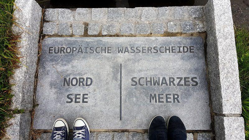 Die europäische Wasserscheide am Flexenpass
