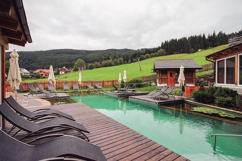 Alm.Gut mit Pool im Salzburger Lungau