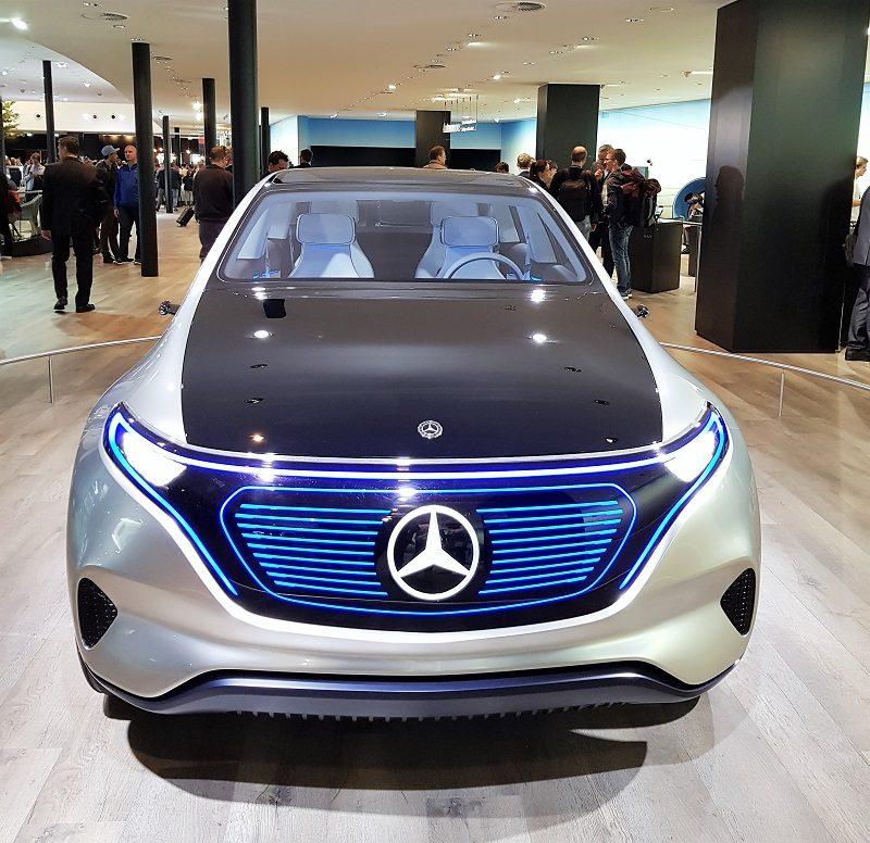 IAA 2017 - Mercedes EQ A Concept