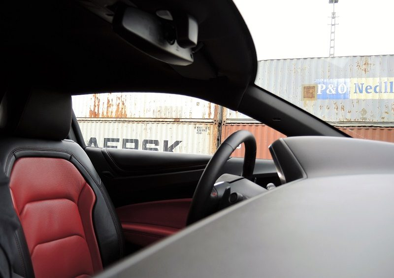 Chevrolet Camaro 6.2 V8 MT Coupé - Innen