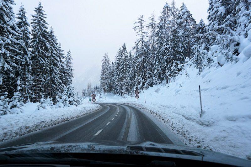 Straße im Spessart - Winter