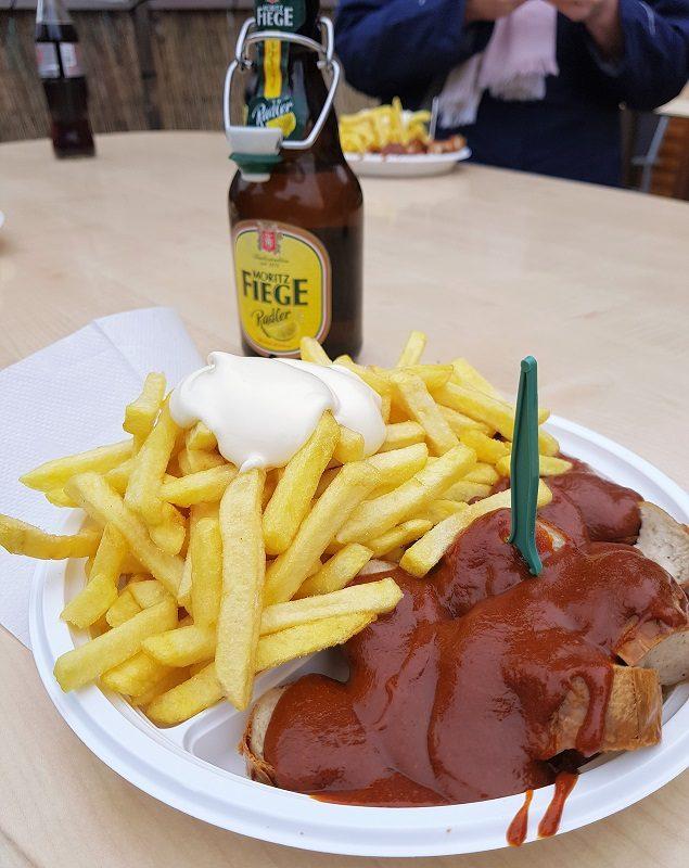 Currywurst im Bratwursthaus in Bochum