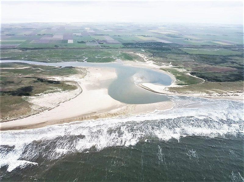 Strand auf Texel aus der Luft