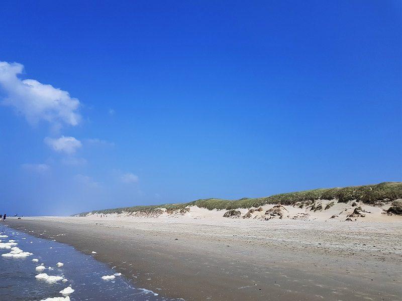 Strand mit Dünen auf Texel