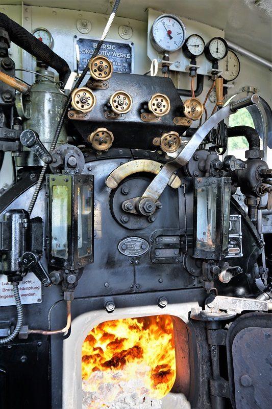 Dampflokomotive der Pinzgauer Lokalbahn im Salzburger Land - innen