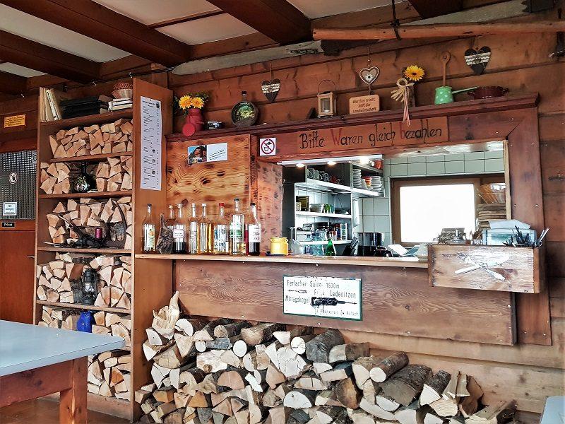 Die Bertahütte in Kärnten von innen - Hüttenkult