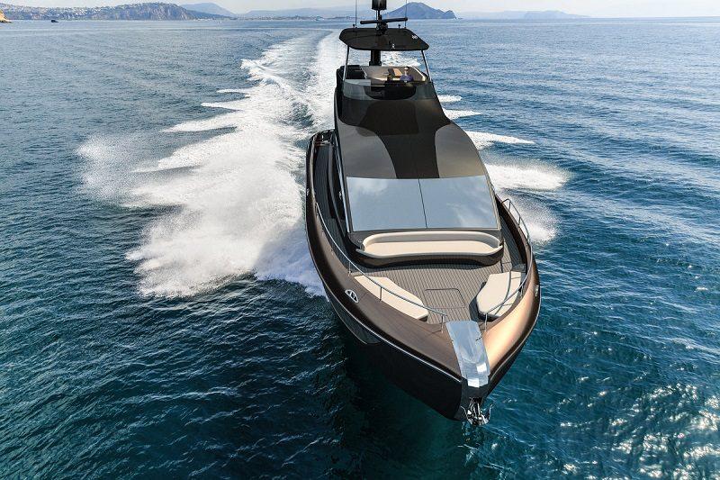 """Die Lexus Luxusjacht mit dem Namen """"LY 650"""""""