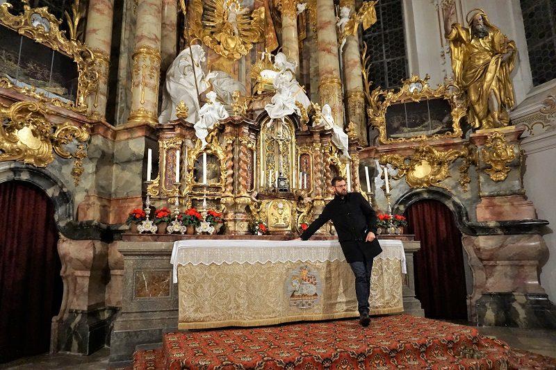 Führung in der Pfarrkirche Mariä Geburt im Paffenwinkel