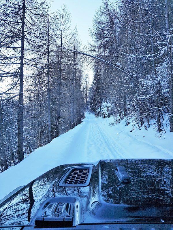 Jeep Wrangler Rubicon im Winter