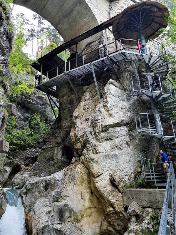 Aufgang zur Brücke der Freundschaft in der Tscheppaschlucht - Panoramaweg Südalpen