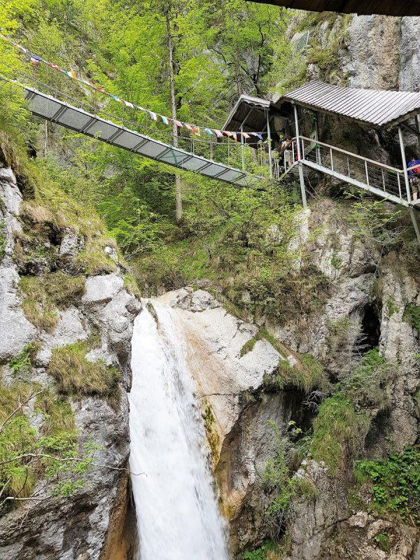 Brücke der Freundschaft in der Tscheppaschlucht - Panoramaweg Südalpen