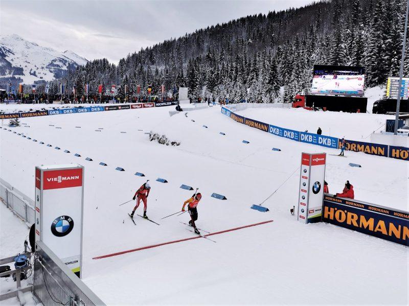 Zieleinlauf Biathlon Sprint der Herren in Hochfilzen - Fieberbrunn