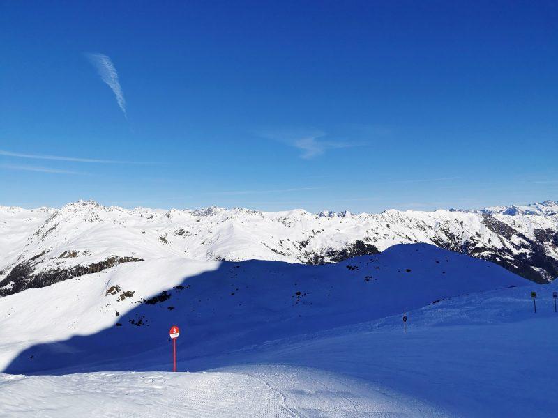 Skifahren im Skizentrum St. Jakob