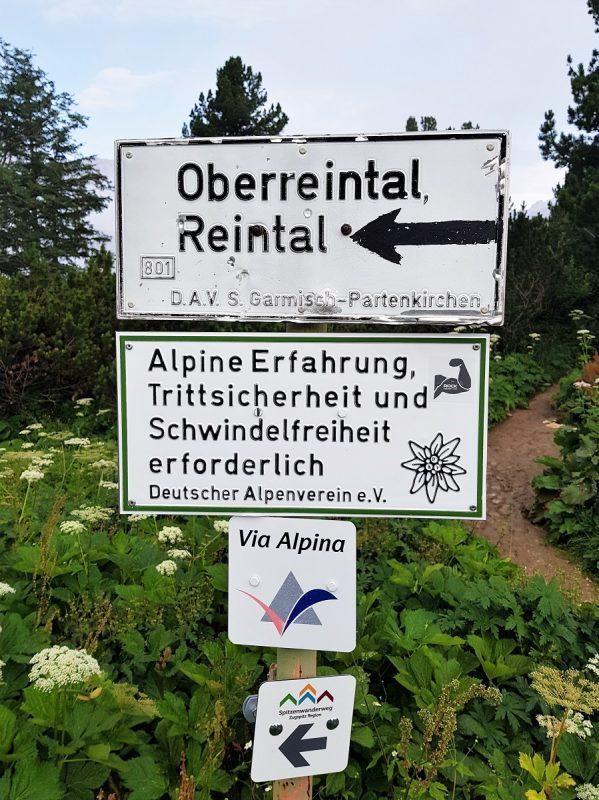 Abstieg vom Schachenhaus über das Reintal bei Garmisch-Partenkirchen