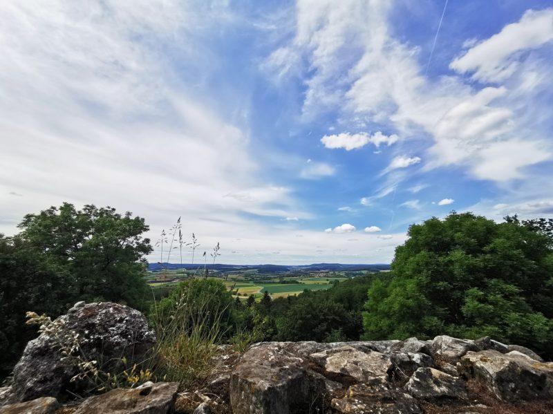 Ausblick von der Burgruine Lichtenstein in den Haßbergen