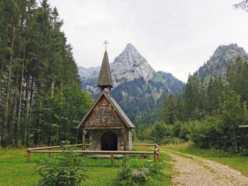 Wanderung unterhalb der Kenzenhütte im Rahmen der Wandertrilogie Allgäu