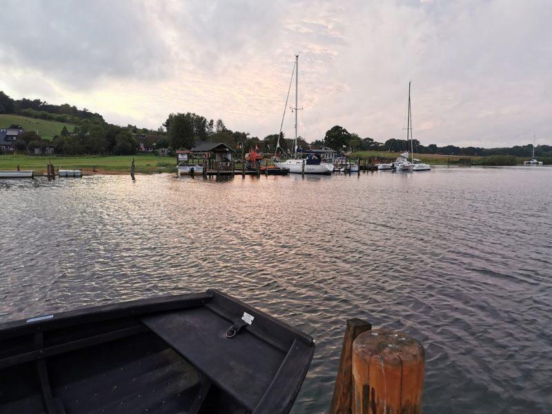 Ruderfähre Moritzdorf zwischen Moritzdorf und dem Hafen Baabe in Mecklenburg-