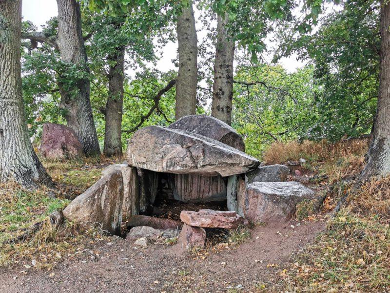Steingrab bei Lancken-Granitz auf Rügen in Mecklenburg-Vorpommern