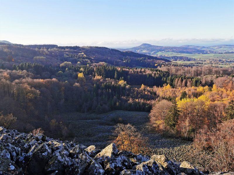 Blockgletscher im UNESCO-Biosphärenreservat Rhön - auf der Extratour Guckaisee