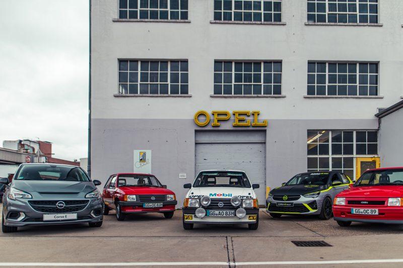An der Opel Classic Abteilung in Rüsselsheim - AltesBlechAlteGrenze