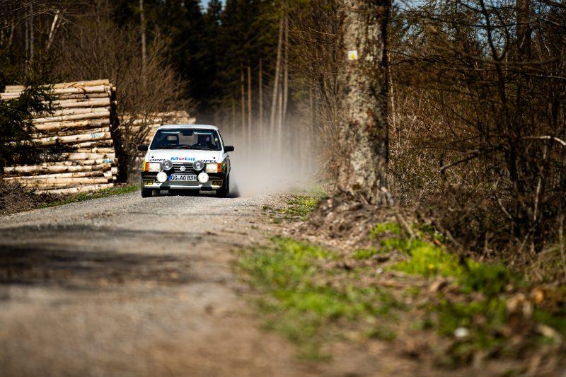 Der Opel Corsa A Cup im Wald - AltesBlechAlteGrenze