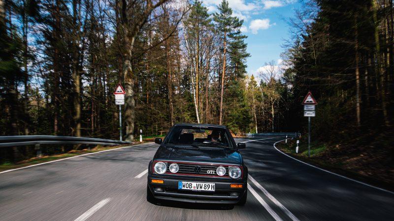 Der VW Golf II GTI in Fahrt - #AltesBlechAlteGrenze
