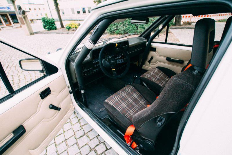 Innenansicht vom Opel Corsa A Cup - AltesBlechAlteGrenze
