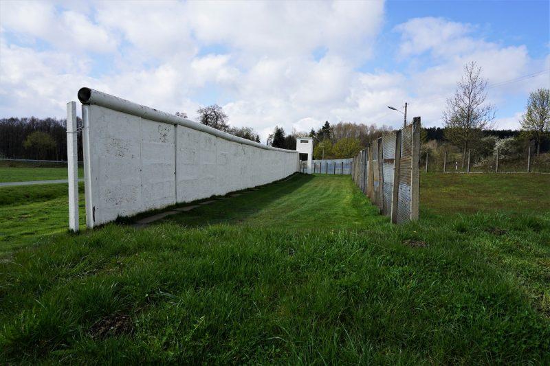 Mauer im Deutsch-Deutschen Museum Mödlareuth - #AltesBlechAlteGrenze