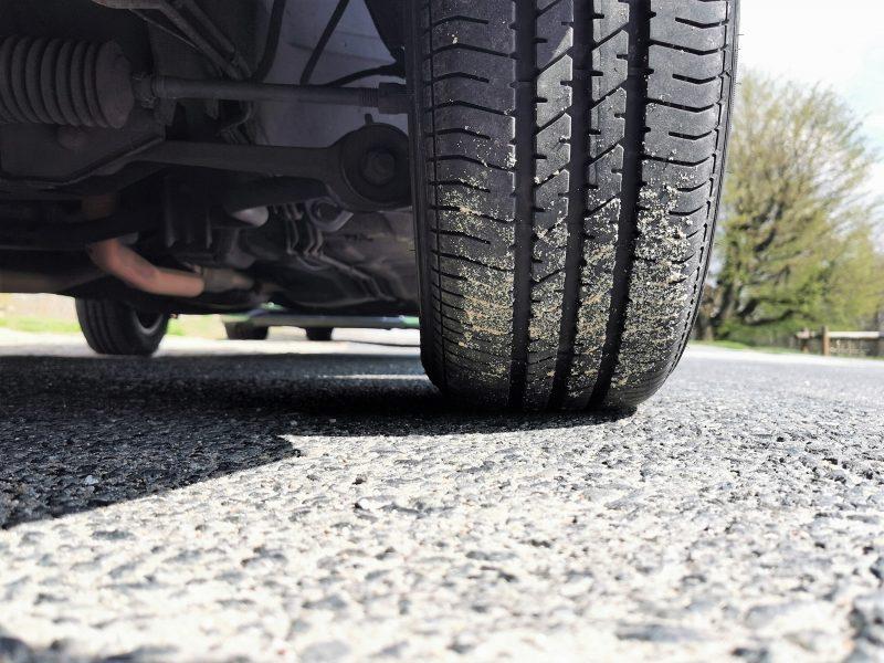 Profil der Dunlop Sport Classic Reifen auf dem Scorpio MK1 - #AltesBlechAlteGrenze
