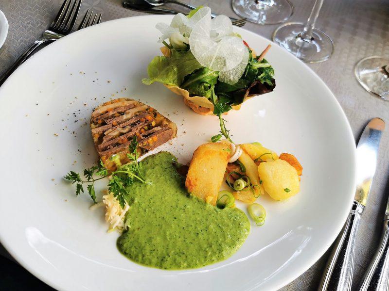 Essen im Gasthaus zur Krone in Großheubach in Churfranken